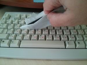 чистка клавиатуры не разбирая